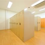 ロッカー室3